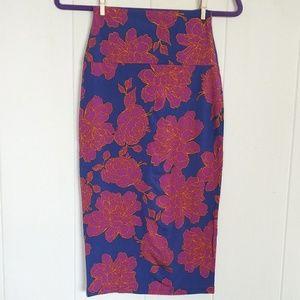 Fighting🤼 Eel Skirt Zulu XS in Magenta Magnolia